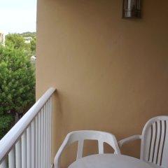 Отель Playasol Cala Tarida Сан-Лоренс де Балафия балкон
