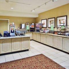 Отель Country Inn & Suites by Radisson, Atlanta Airport North, GA питание