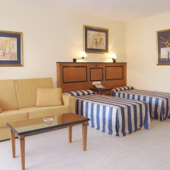 Hotel Pyr Fuengirola комната для гостей фото 3