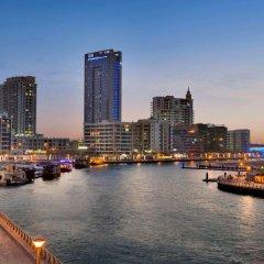 Отель Wyndham Dubai Marina Дубай приотельная территория