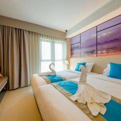 Отель Bizotel Bangkok Бангкок комната для гостей