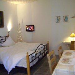 Отель Vejle Golf Bed & Breakfast Боркоп сейф в номере