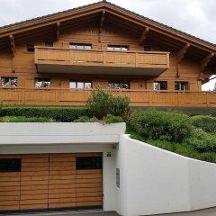 Апартаменты Gstaad Perfect Winter Luxury Apartment парковка