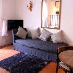 Апартаменты Mithouard Apartment комната для гостей фото 22