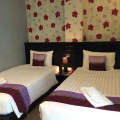 Отель PJ Patong Resortel комната для гостей фото 5