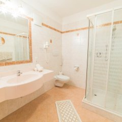 Panorama Hotel Himmelreich Кастельбелло-Циардес ванная