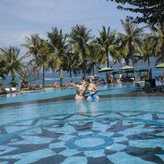 Отель MerPerle Hon Tam Resort Вьетнам, Нячанг - 2 отзыва об отеле, цены и фото номеров - забронировать отель MerPerle Hon Tam Resort онлайн бассейн фото 3