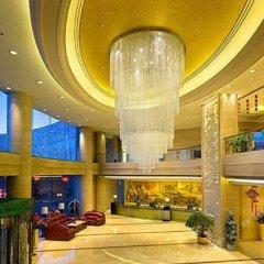 Yulong International Hotel интерьер отеля