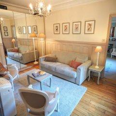 Отель Louvre Elegant ChicSuites Франция, Париж - отзывы, цены и фото номеров - забронировать отель Louvre Elegant ChicSuites онлайн комната для гостей фото 2