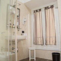 Отель Inn Rome Rooms & Suites ванная фото 3