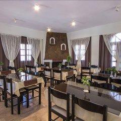 Отель Petra Nera Греция, Остров Санторини - отзывы, цены и фото номеров - забронировать отель Petra Nera онлайн питание