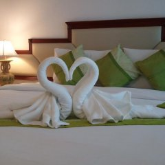Mei Zhou Phuket Hotel 3* Люкс с различными типами кроватей фото 2