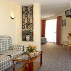 Отель Medina Azahara Торремолинос комната для гостей фото 3