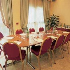 Отель Ascot Италия, Милан - отзывы, цены и фото номеров - забронировать отель Ascot онлайн помещение для мероприятий