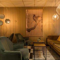 Отель New West Inn Нидерланды, Амстердам - 6 отзывов об отеле, цены и фото номеров - забронировать отель New West Inn онлайн интерьер отеля фото 2