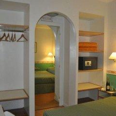 Отель Residenza Ponte SantAngelo сейф в номере