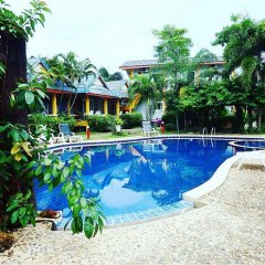 Отель Popular Lanta Resort Ланта бассейн