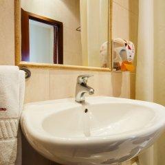 Отель Residencial Lar do Areeiro Португалия, Лиссабон - 5 отзывов об отеле, цены и фото номеров - забронировать отель Residencial Lar do Areeiro онлайн ванная фото 2