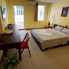 Sri Krungthep Hotel комната для гостей фото 5