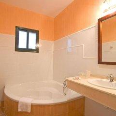 Отель Sindhura Испания, Вехер-де-ла-Фронтера - отзывы, цены и фото номеров - забронировать отель Sindhura онлайн ванная