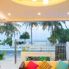 Отель Whiteharp Beach Inn Мальдивы, Мале - отзывы, цены и фото номеров - забронировать отель Whiteharp Beach Inn онлайн пляж фото 2