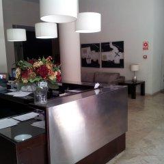 Отель Apartamentos Plaza Picasso Испания, Валенсия - 2 отзыва об отеле, цены и фото номеров - забронировать отель Apartamentos Plaza Picasso онлайн интерьер отеля фото 2
