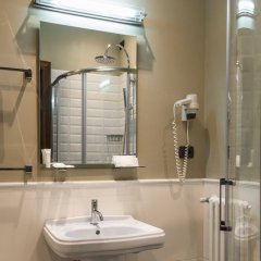 Ambasciatori Place Hotel Фьюджи ванная