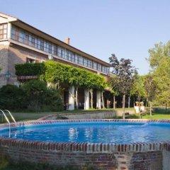 Отель Posada Real Del Pinar Посаль-де-Гальинас бассейн фото 3