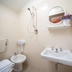 Отель Luciana Италия, Римини - 1 отзыв об отеле, цены и фото номеров - забронировать отель Luciana онлайн комната для гостей фото 4