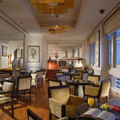 The Fullerton Hotel Singapore интерьер отеля