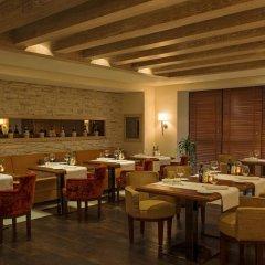 Отель Four Points by Sheraton Sheikh Zayed Road, Dubai Дубай питание фото 3