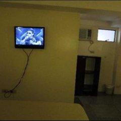 Отель Toilena Room and Board Филиппины, Манила - отзывы, цены и фото номеров - забронировать отель Toilena Room and Board онлайн удобства в номере фото 2