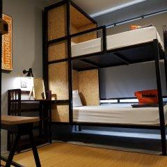 Отель Bangkok Bed And Bike Бангкок удобства в номере
