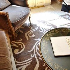 Отель Hôtel Tamaris Париж интерьер отеля