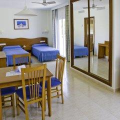 Hotel Apartamentos El Pinar комната для гостей фото 3