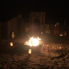 Отель Sahara Sabaku Tour Camp Марокко, Мерзуга - отзывы, цены и фото номеров - забронировать отель Sahara Sabaku Tour Camp онлайн пляж
