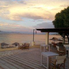 Отель Irides Luxury Studios & Apartments Греция, Эгина - отзывы, цены и фото номеров - забронировать отель Irides Luxury Studios & Apartments онлайн пляж