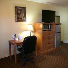Отель Coach Light Inn удобства в номере