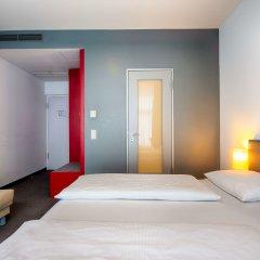 Select Hotel Berlin Gendarmenmarkt Берлин сейф в номере