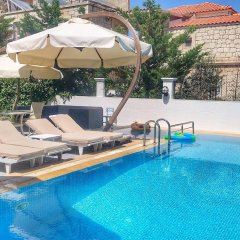 Lapis Port Sorf Hotel Чешме бассейн