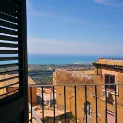 Отель B&B La Grotta Greca Италия, Агридженто - отзывы, цены и фото номеров - забронировать отель B&B La Grotta Greca онлайн балкон