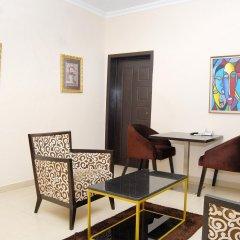Kings Celia Hotel & Suites комната для гостей