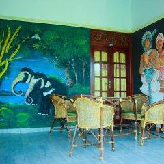 Отель Lagoon Garden Hotel Шри-Ланка, Берувела - отзывы, цены и фото номеров - забронировать отель Lagoon Garden Hotel онлайн питание фото 2