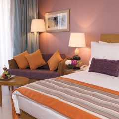 Отель Movenpick Resort & Spa Tala Bay Aqaba комната для гостей