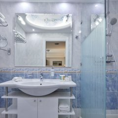 AVA Hotel & Suites ванная