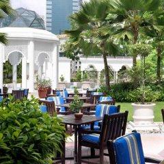 Отель Istana Kuala Lumpur City Centre Малайзия, Куала-Лумпур - отзывы, цены и фото номеров - забронировать отель Istana Kuala Lumpur City Centre онлайн питание фото 3
