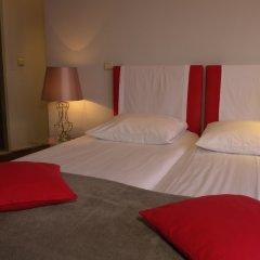 Monty Small Design Hotel Брюссель комната для гостей фото 3