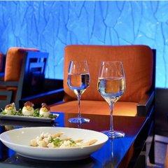 Отель Ramada by Wyndham Aonang Krabi гостиничный бар