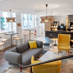 Отель Holiday Inn Paris Opéra - Grands Boulevards Франция, Париж - 10 отзывов об отеле, цены и фото номеров - забронировать отель Holiday Inn Paris Opéra - Grands Boulevards онлайн гостиничный бар