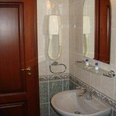 Отель Семеен хотел Елеганс Велико Тырново ванная фото 2